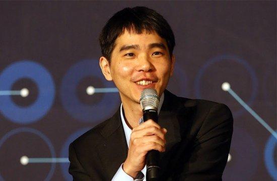 Lee Sedol après sa victoire de la partie 4 contre Alphago